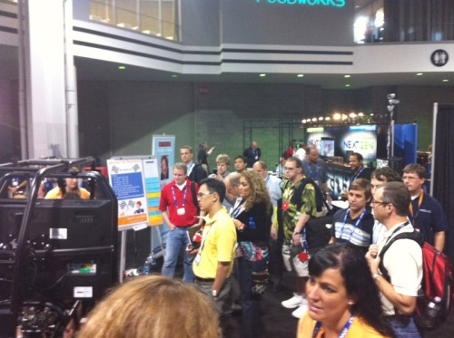 SimCraft drawing a crowd at the Wi-Ex booth!